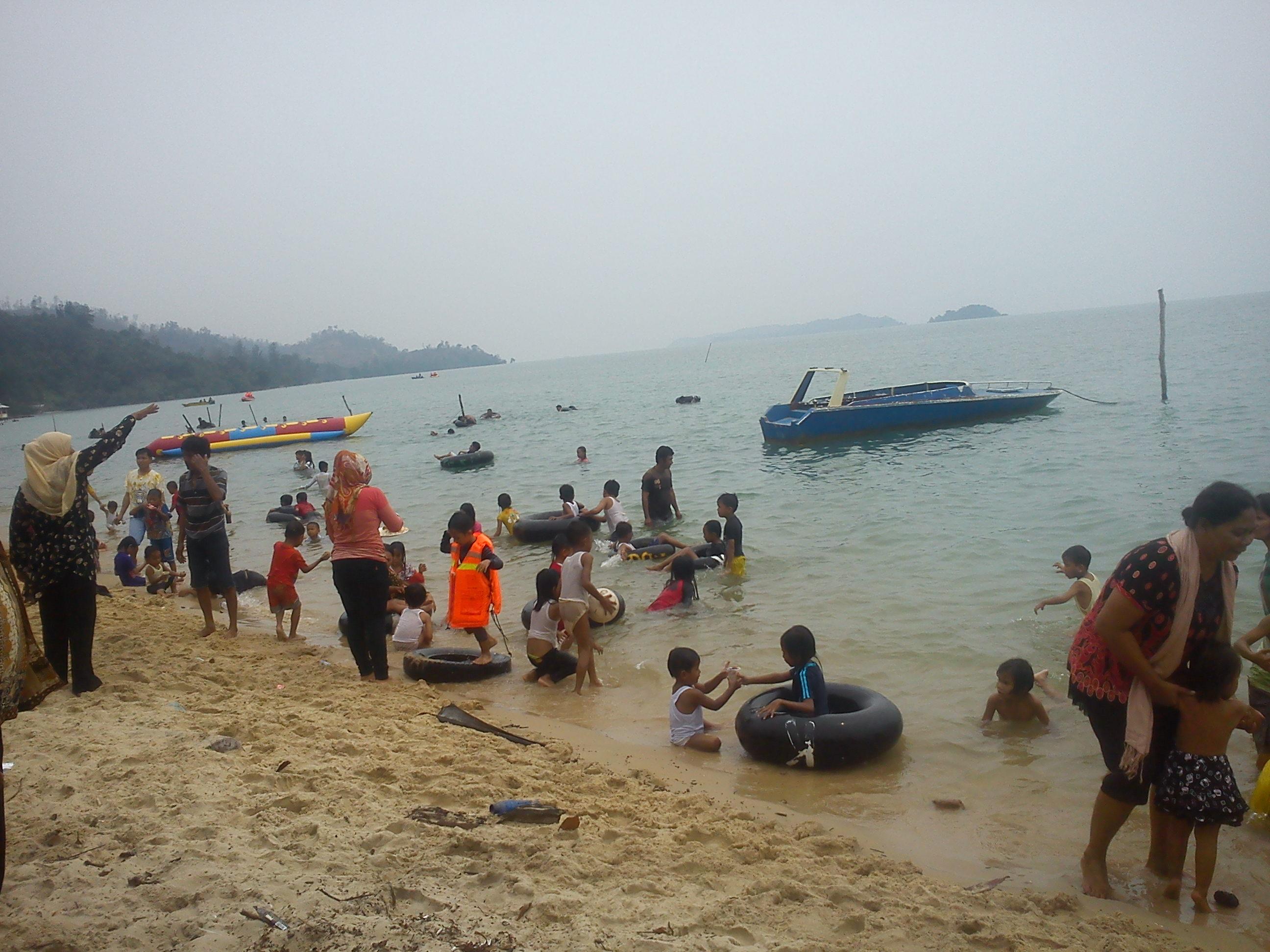 3 Jalan jalan ke Pantai Melayu Batam di Pulau Rempang, Kampung Kalat emerer.com