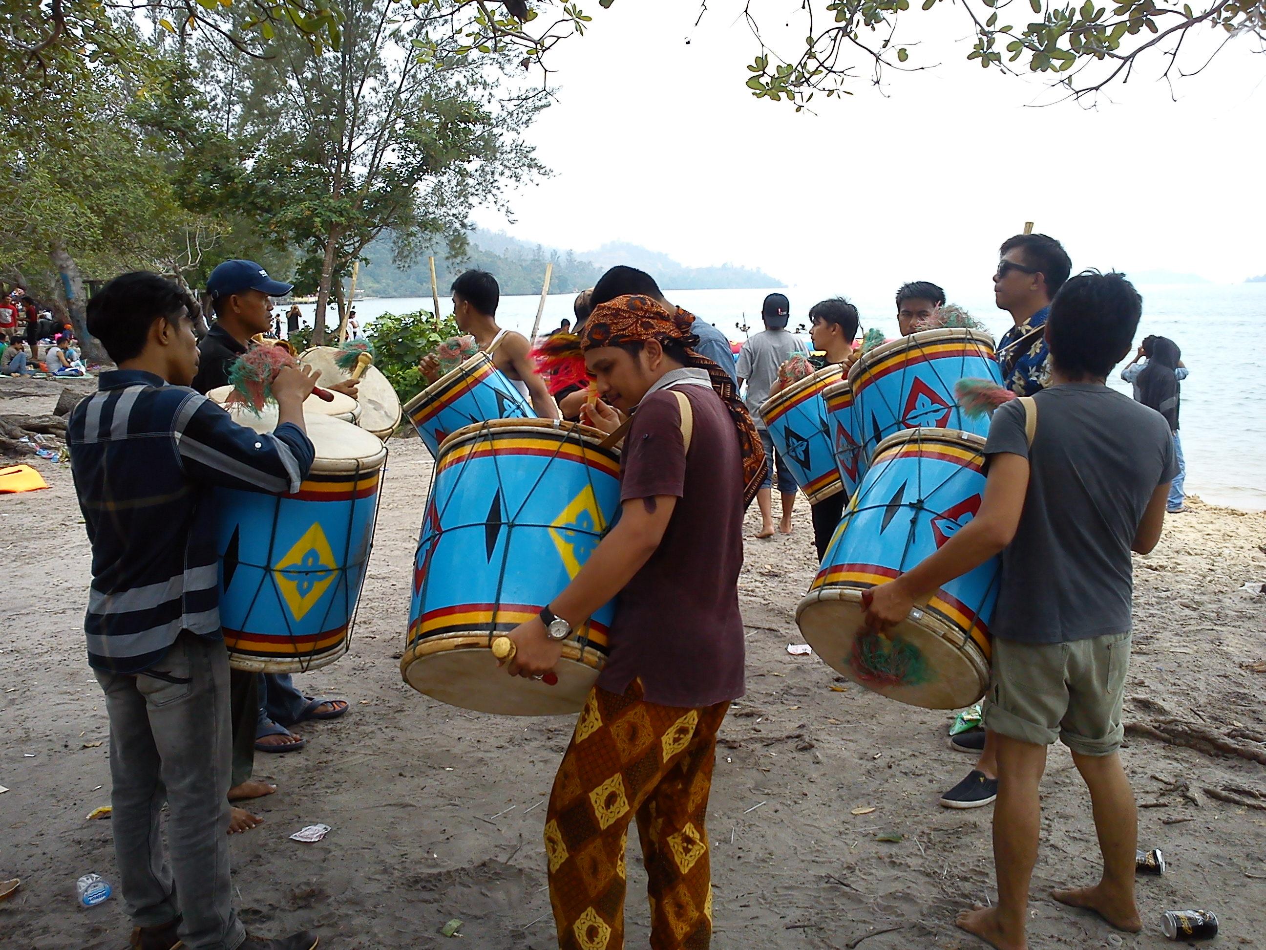 7 Jalan jalan ke Pantai Melayu Batam di Pulau Rempang, Kampung Kalat emerer.com
