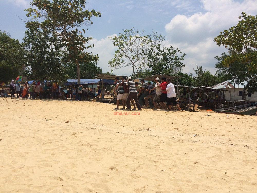 Jalan Jalan Pantai Setokok Barelang emerer.com 10