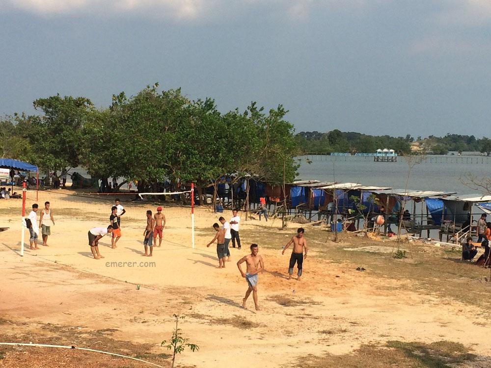 Jalan Jalan Pantai Setokok Barelang emerer.com 10b