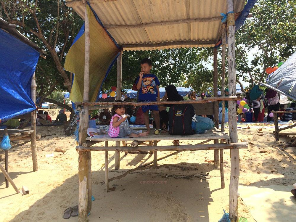 Jalan Jalan Pantai Setokok Barelang emerer.com 6
