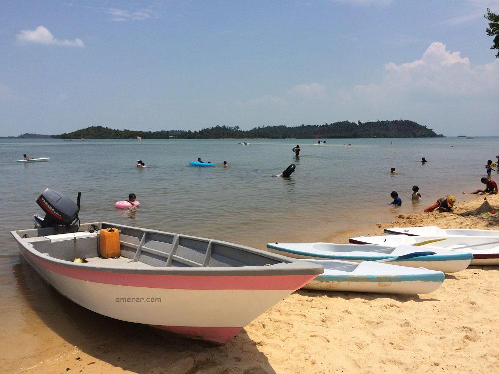 Jalan Jalan Pantai Setokok Barelang emerer.com 7