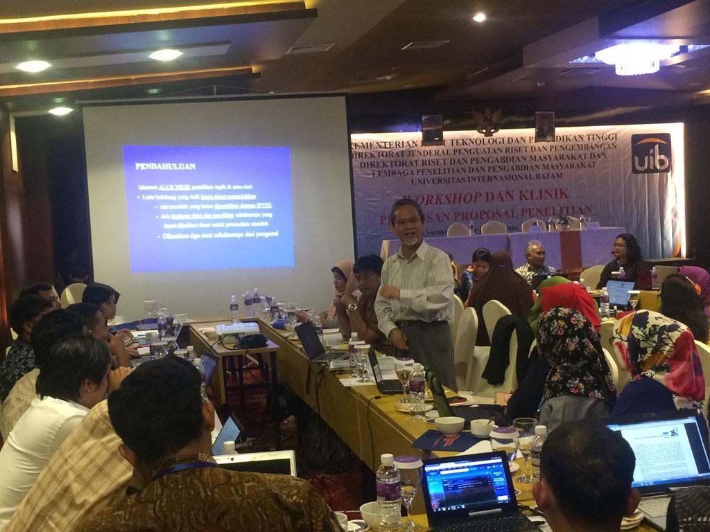 Materi Workshop dan Klinik Penulisan Proposal Penelitian 2017 5